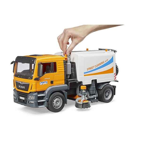 Bruder 3780 Camión MAN TGS para Limpiar las Calles - Imagen 1