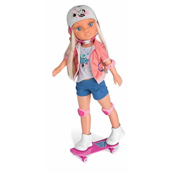 Nancy un Dia Fent Skate - Imatge 1