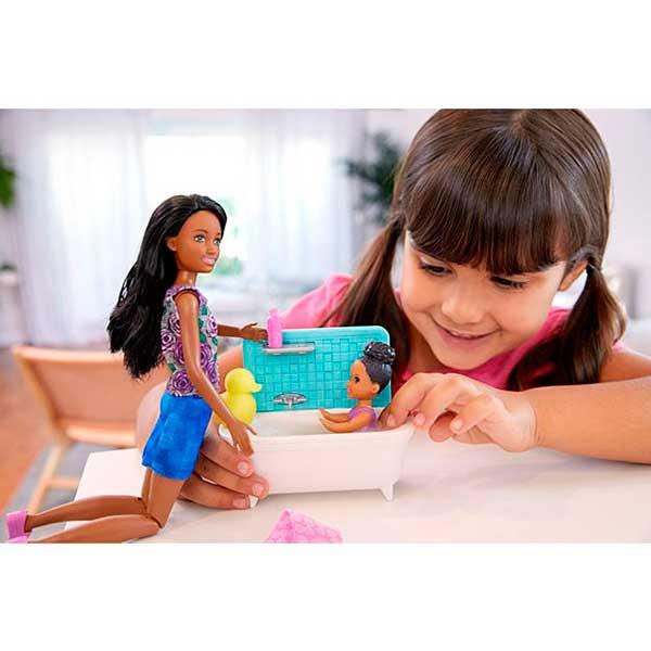 Muñeca Barbie Canguro Negrita con Bañera - Imagen 1