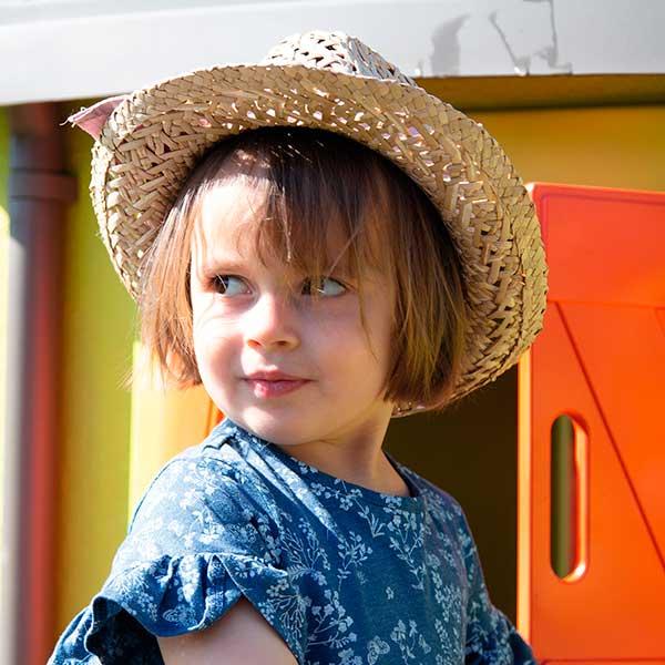 Casita infantil personalizable Jura Lodge II con jardín de Smoby (810501) - Imagen 2